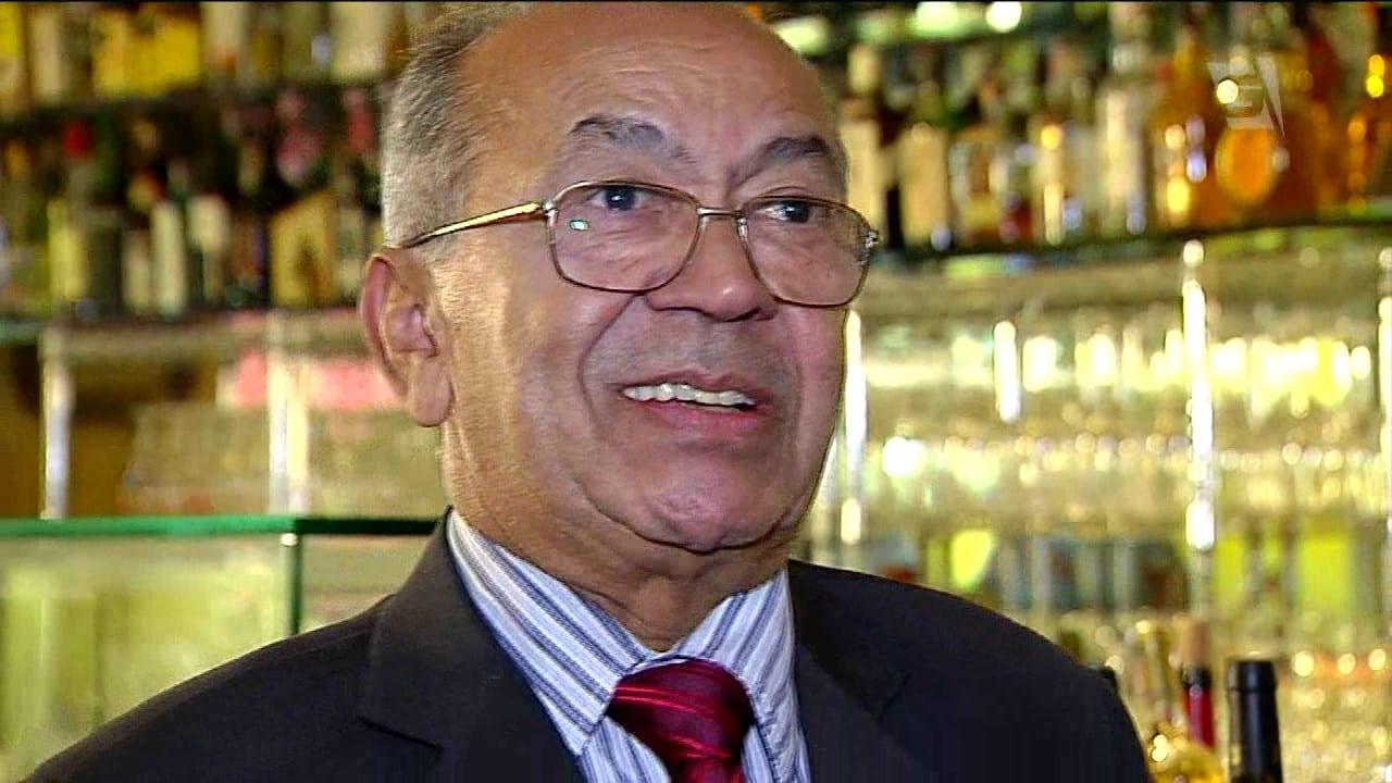 Chiquinho, 73, barman de sucesso
