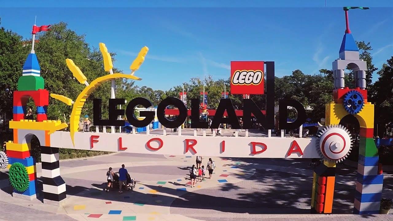 Um mundo de pecinhas coloridas: conheça o Legoland
